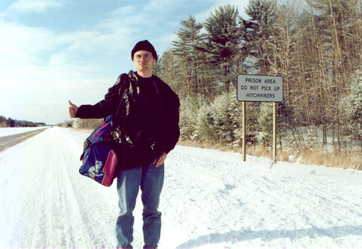 Hitchhiking in a prison area | Kristian Kahrs